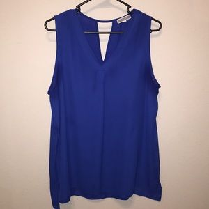 Sheer V Neck sleeveless blouse with keyhole back
